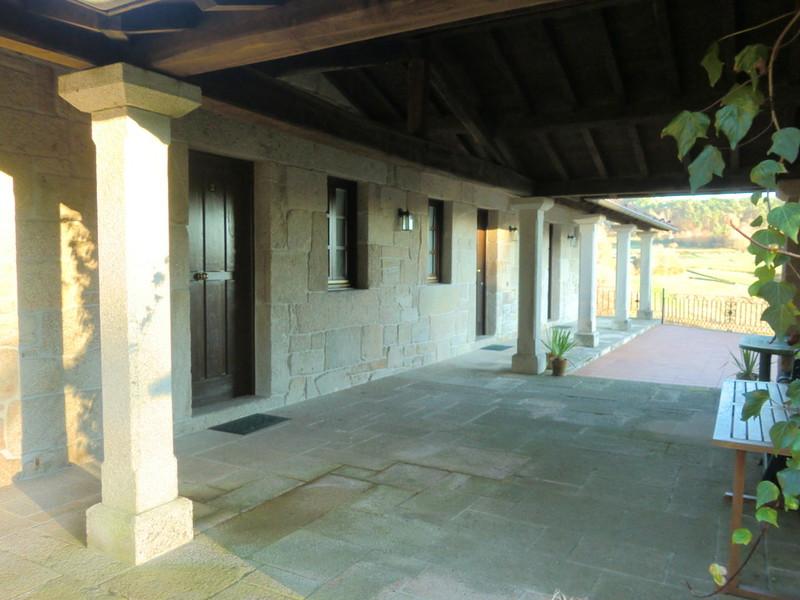 Casas antiguas reformadas good r casa antigua de pueblo for Casas antiguas reformadas